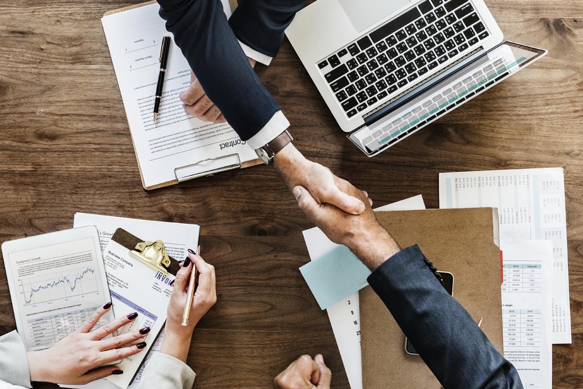 Outsourcing con professionisti qualificati